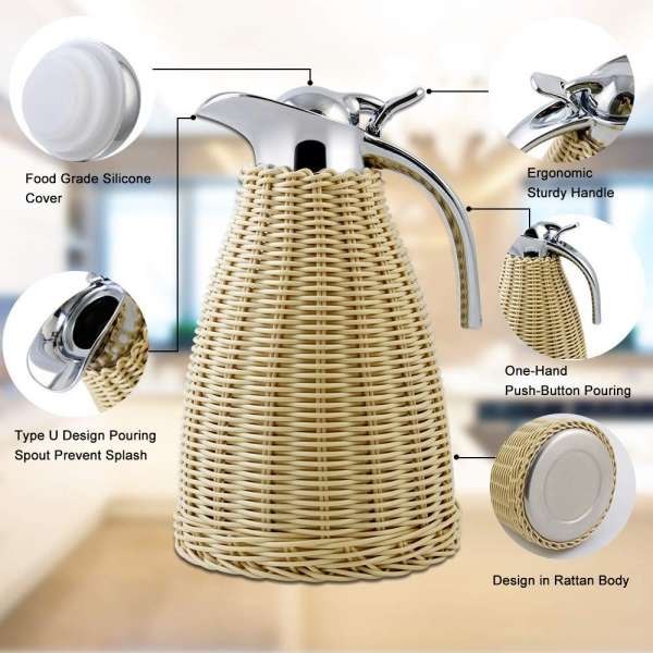 Ergonomic thermal carafe