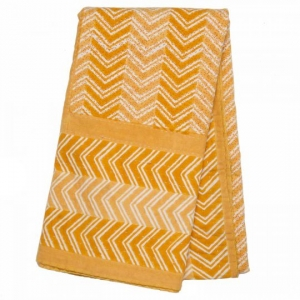 WARM MUSTARD CHEVRON QUILTED TABLECLOTH