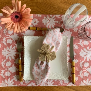 Rose table set