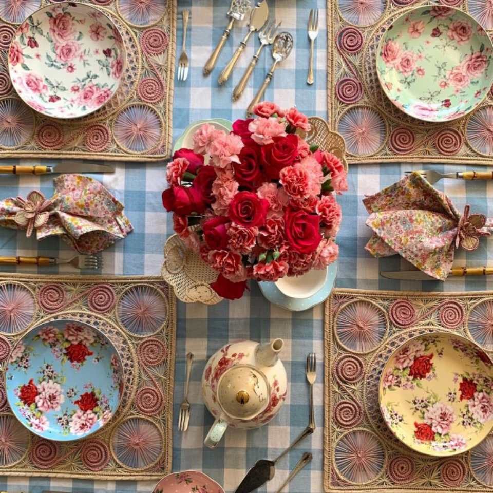 tea for two tablescape